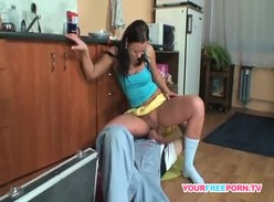 Bruna Mourão de 21 anos tomando surra de piroca na xoxota
