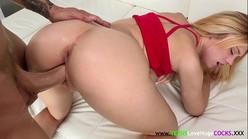 Xnxx sexo gostoso com loirinha bunduda trepando