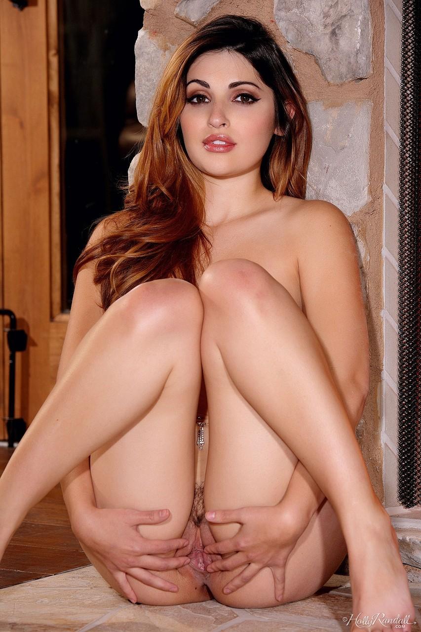 Gata branquinha perfeita demais em fotos de ensaio sensual picante